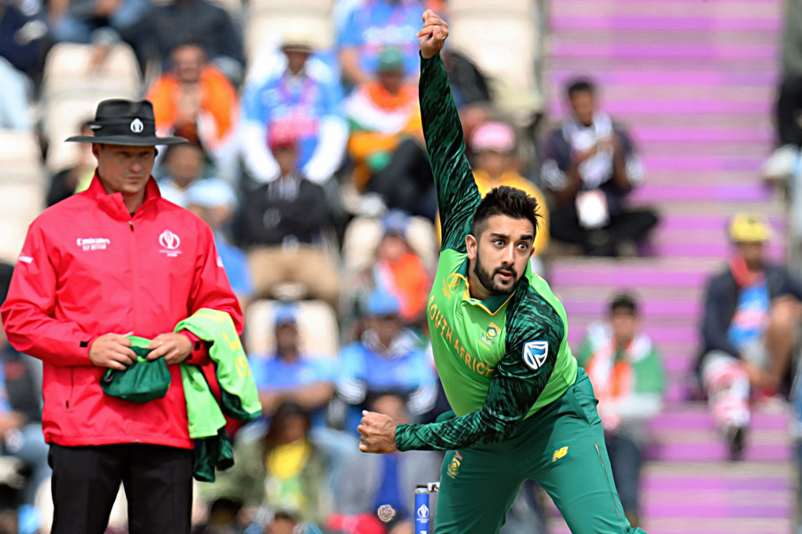 Time ripe for 'masked magician' Tabraiz Shamsi to step up his act